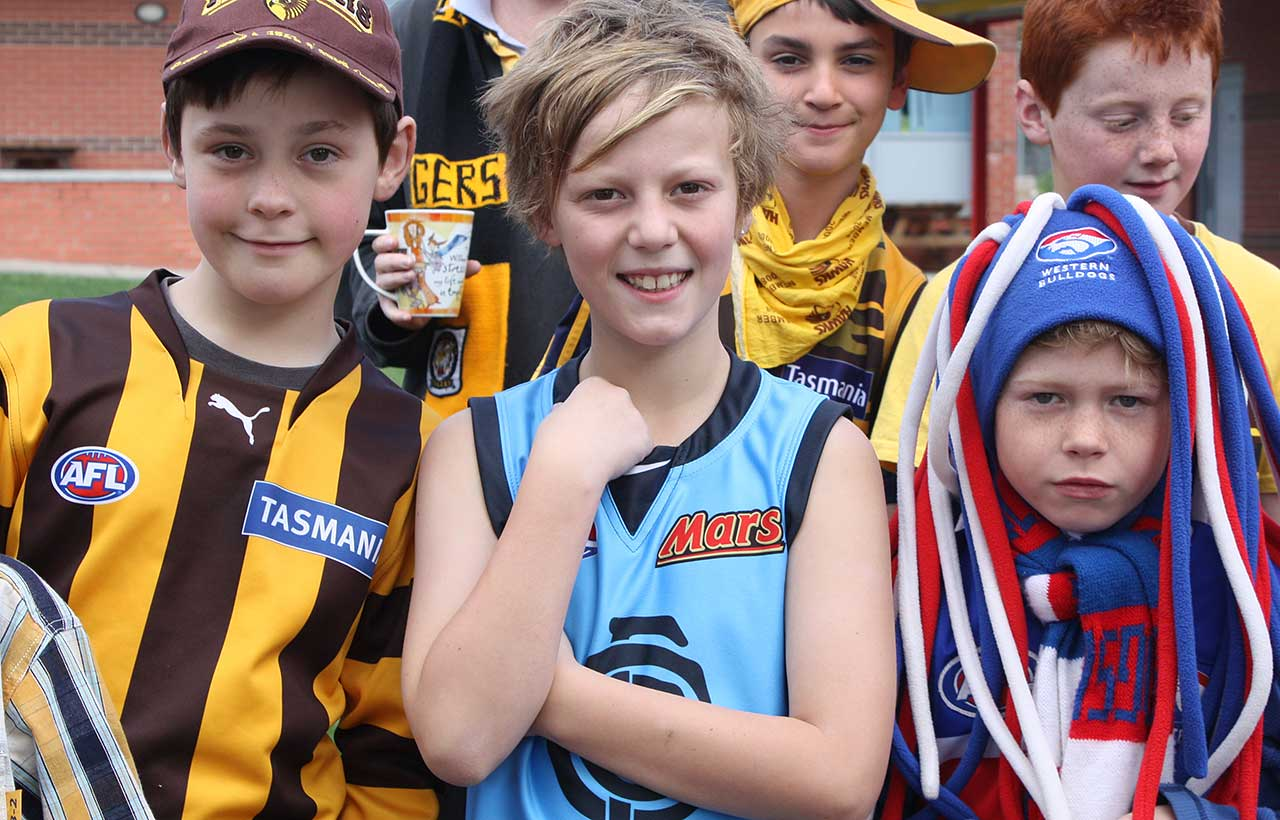 Footy Colours Day children